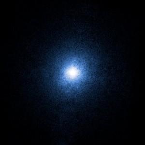 Le trou noir stellaire Cygnus X1 de 8,7 masses solaires observé en rayons X. (Crédits: NASA)